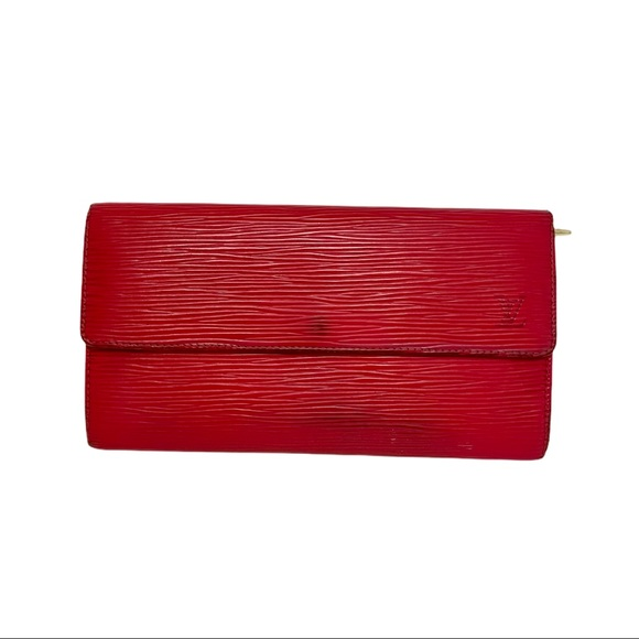 Authentic Louis Vuitton epi red sarah wallet